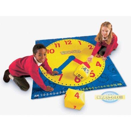 Zegar - mata aktywności z kostkami i kartami